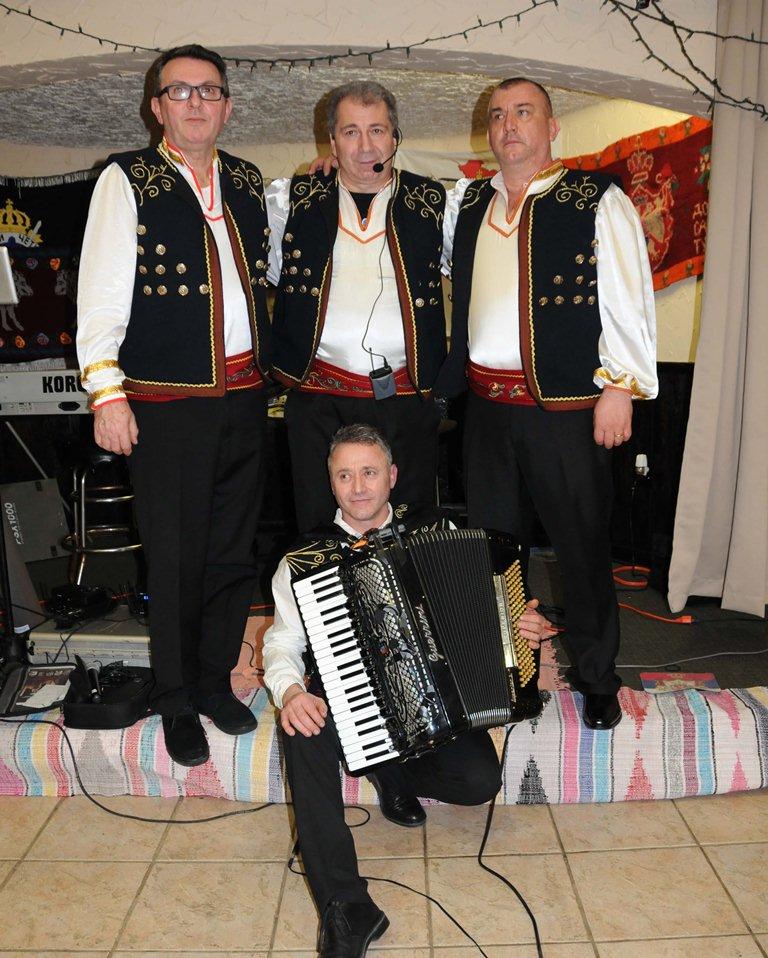 Први фестивал крајишких и завичајних пјесама у Америци одржан је у суботу 3. фебруара у сали Српске братске помоћи у Чикагу.