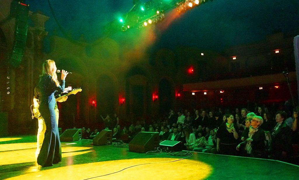 Aleksandra Radovic Cikago USA tour. Americka turneja Aleksandre Radovic, Chicago koncert