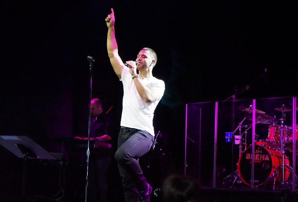 Lepa Brena i Stefan Cikago USA Tour concerts