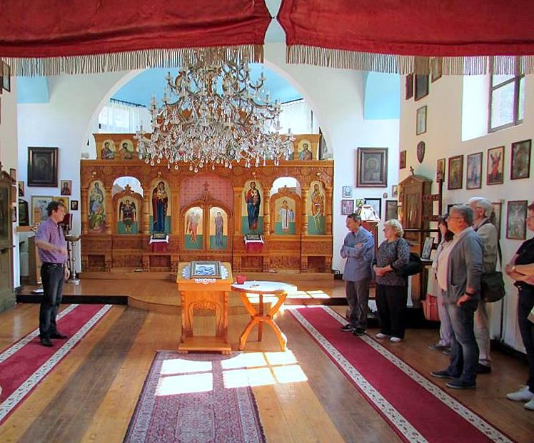 Obilazak Crkve Sv. Apostola Petra i Pavla u Majdanpeku u okviru programa otvaranja izložbe